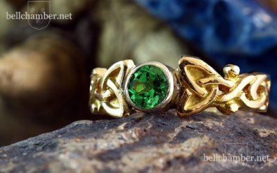 Tsavorite Dianne Loveknot Ring