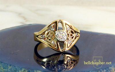 Bailey Triskele with Diamonds