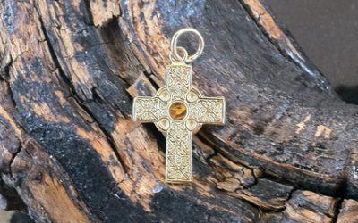 Gwyndd Celtic Cross