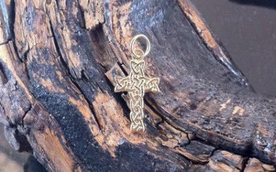 Knotwork Celtic Cross