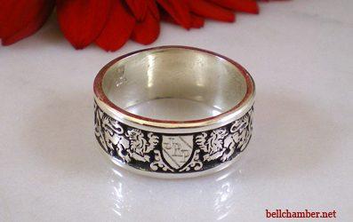 Lion Crest Triskele Ring