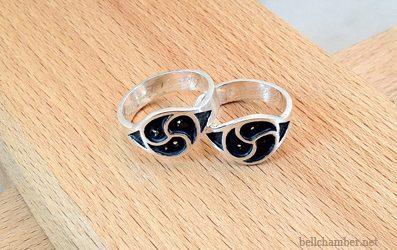 Hall Triskele Ring